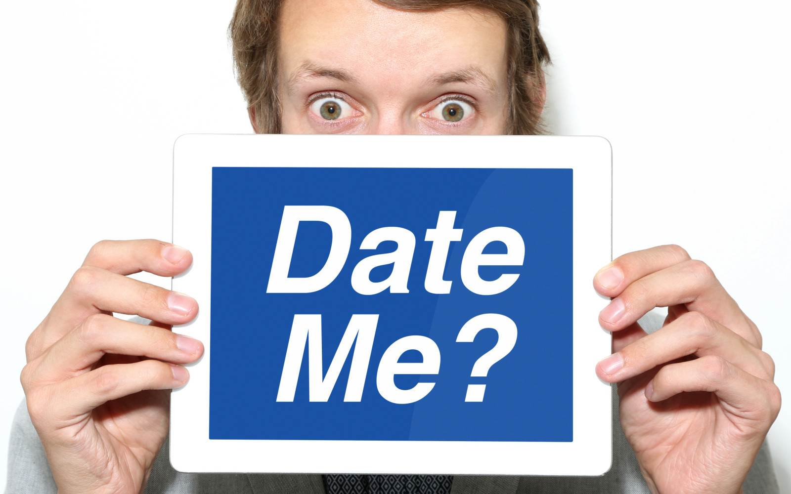 6360491709298460881284575816_o-MAN-ONLINE-DATING-facebook